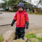 Kind mit Vaude 3 in 1 Jacke und cooler Brille